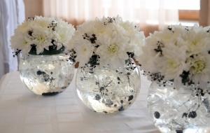 Украшения из цветов на стол своими руками